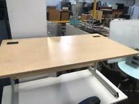 1400mm x 800mm Straight Maple Office Desk