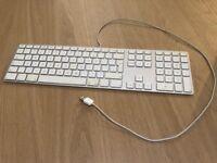 Apple wired Keyboard, model A1243