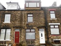 ** Beautiful 4 bedroom terraced house * Amazing location for shops, motor way links and bus routes**