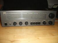 CLASIC NAD 7020 RECEIVER AMPLIFIER with PHONO STAGE AMP.