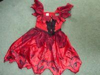 Girls Haloween Dress Age 5-6 years VGC