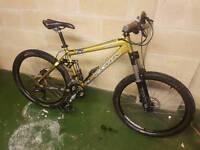 Kona full suspension mountain bike/like specialized