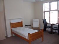 Large room to let by Uxbridge City center