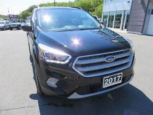 2017 Ford Escape SE *4WD *Pano Roof *Heated Seats