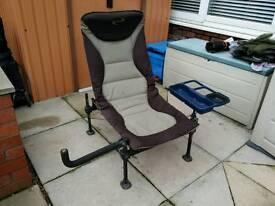 Korum deluxe fishing chair