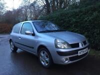 RENAULT CLIO 1.2 **LOW MILES** 12 MONTHS MOT** IDEAL 1ST CAR** FULL SERVICE HISTORY**