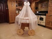 MJ Mark Wicker Crib Moses Basket ( Ophelia Cream with Bedding & Drape )