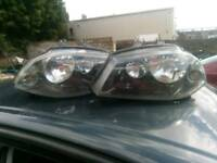 2006 seat Ibiza front headlight