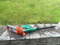 Black and Decker GT524 hedge trimmer
