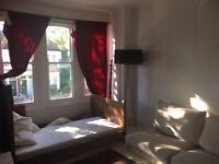 Large Double Room Streatham - 10 mins from Station 600pm Bills Incl.
