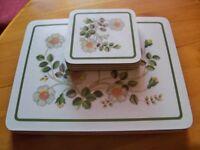 4 Table Mats & Coasters