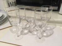 5x Wine glasses, 6x Champaign glasses