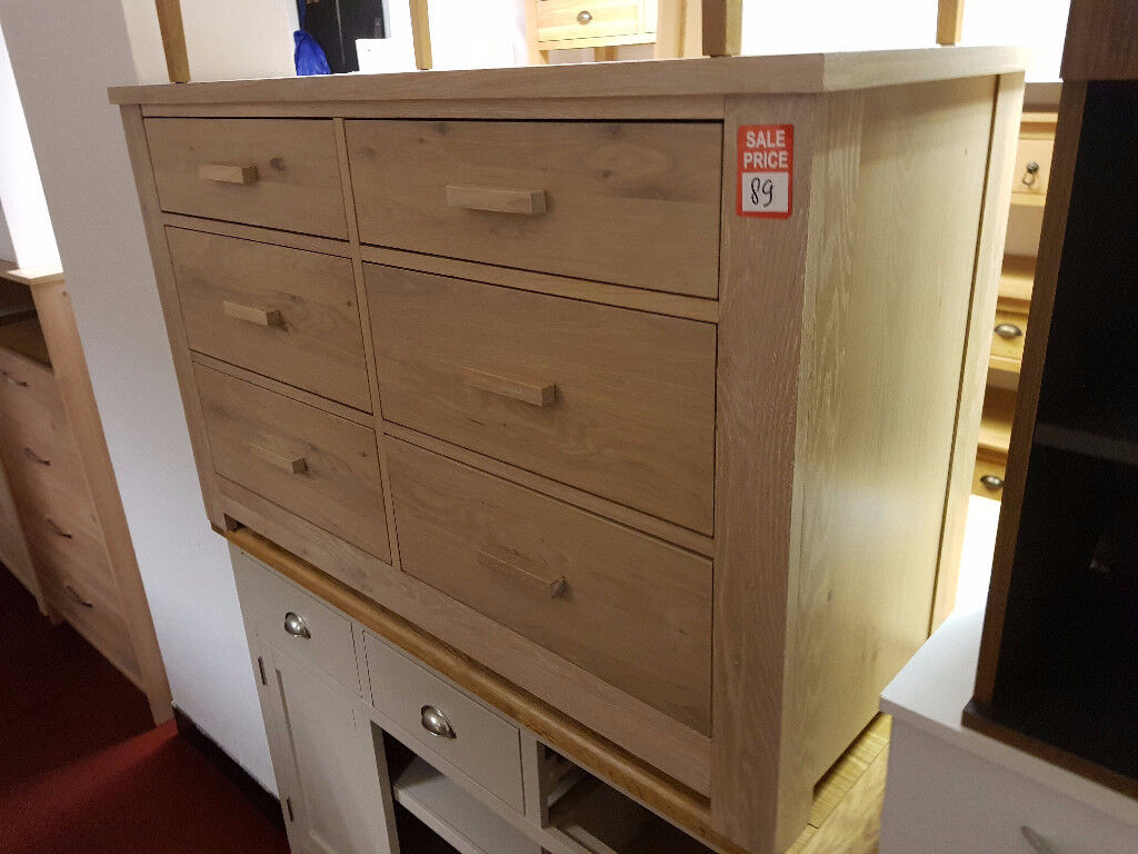 Schreiber COnstable 6 drawer chest - Light Oak