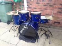 Black Rat Beginner Drum Kit in Blue