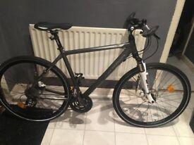Immaculate Orbea H30 ravel bike .
