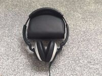 BOSE OE2 on ear headphones including case. Used infrequently, excellent condition