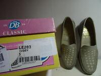 DB Classic flat shoes size 5 (38)