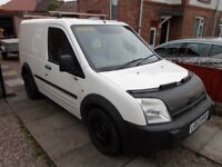 Ford Connect + hd roof bars + towbar
