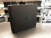 PS4 Pro 1TB 1 Controller Black