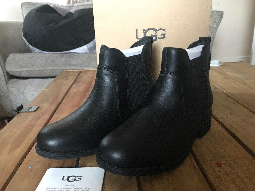 UGG Boots bonham black Chelsea boots size 6.5