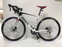 Brand new Giant defy advanced 3 2017 road bike rrp £1499