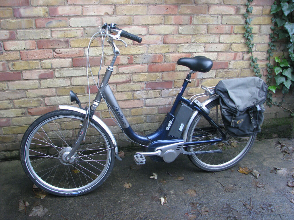 Giant La Free pedal electric bicycle