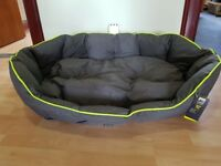 X Large 3 peaks dog bed, brand new not used
