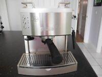 Coffee Machine - DeLonghi