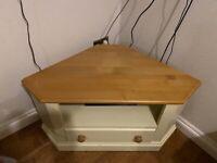 RRP £220! REAL Oak - Oak Furniture Land corner TV cabinet in cream (country cottage range)