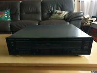 TEAC PD-D2610 5 CD Changer & CD Player
