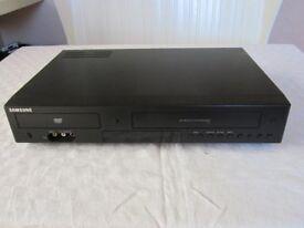 DVD PLAYER / VIDEO PLAYER & RECORDER. SAMSUNG DVD-V6800