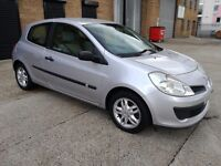 2006 RENAULT CLIO AUTOMATIC! 66K LOW MILEAGE! HPI CLEAR! BARGAIN ONLY £999 STRICTLY NO OFFERS!