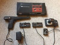 UK PAL SEGA MASTER SYSTEM PLUS GAME CONSOLE WITH ALL LEADS & 3 POPULAR GAMES