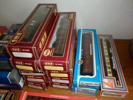 OO GAUGE BACHMANN HORNBY GMR VARIOUS ITEMS PRICES START FROM £4 EACH PLYMOUTH AREA.