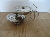 Stainless steel bicycle bowl stand