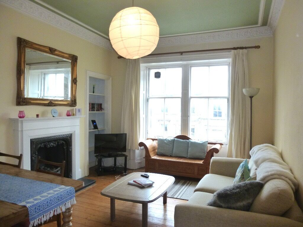 Ref 378: Beautifully presented 2 double bedroom flat in popular Hillside area, avail 13th Jan 2017