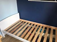 White wooden shorty bunk bed