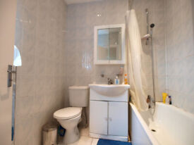 Large 1 bed in the heart of Camden Town that can be used as a 2 bed.