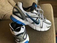 Men's Nike running trainers size 8