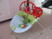 Unisex Bouncy Chair with Music and Vibration. Very Good Condition.