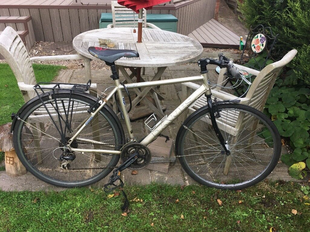Gents bicycle - Dawes Discovery 301 ~56cm aluminium frame