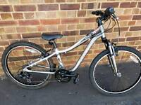 Kids Specialized Hortock 24 Mountain Bike....unisex..fully serviced