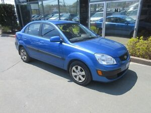 2009 Kia Rio 5-SPEED SEDAN