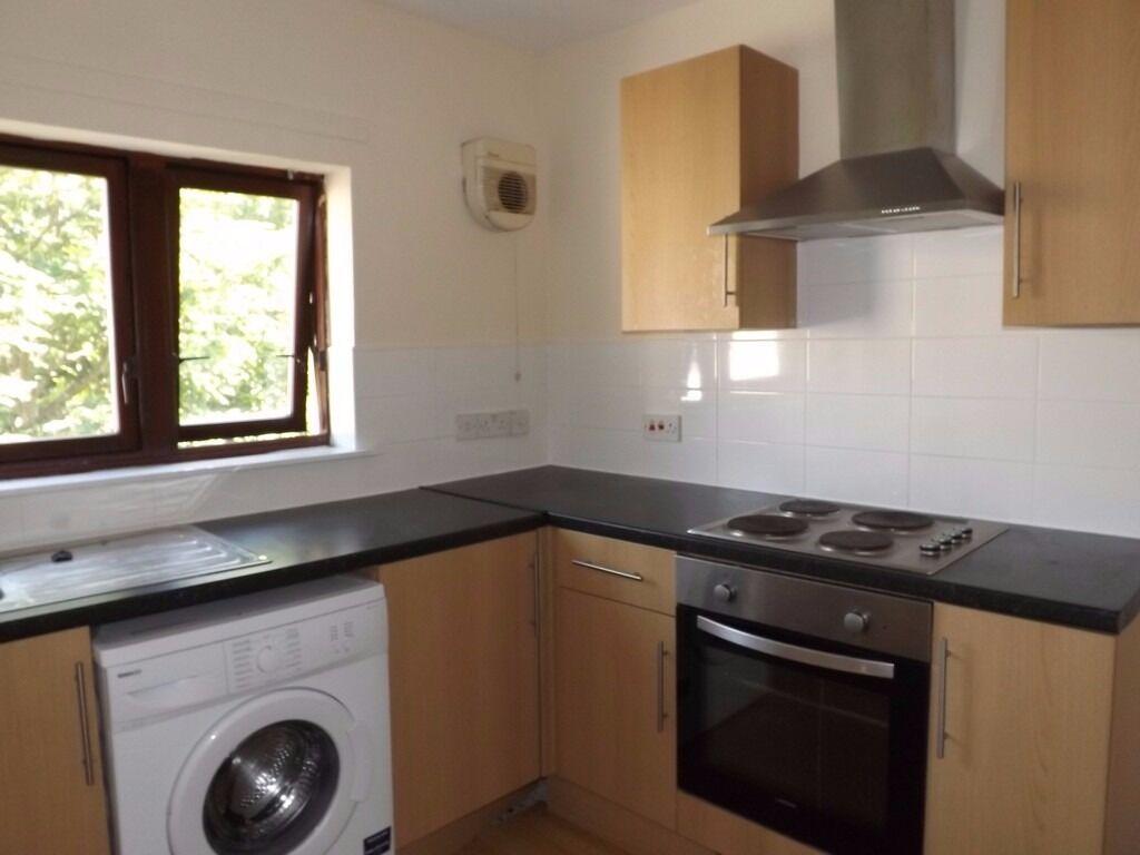 no deposit! dss considered! 1 bedroom flat to let in dunkeld place