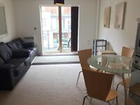 1 bed apartment, City centre,modenr, luxury apartment,close to all amenities, Victoria train station
