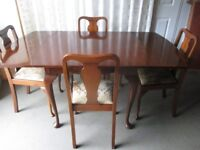 VINTAGE MAHOGANY DRAW LEAF EXTENDING DINING TABLE WITH FOUR MATCHING DINING CHAIRS FREE DELIVERY