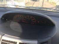 2010 Toyota Yaris Black, £3,399