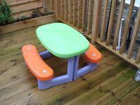 kids bench / pic nic table