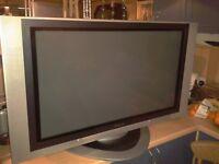 "PANASONIC 37"" plasma Television TV TH-37PA20 with stand,manual & remote"
