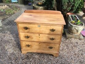 3 Draws Old Pine Vintage Chest of Draws